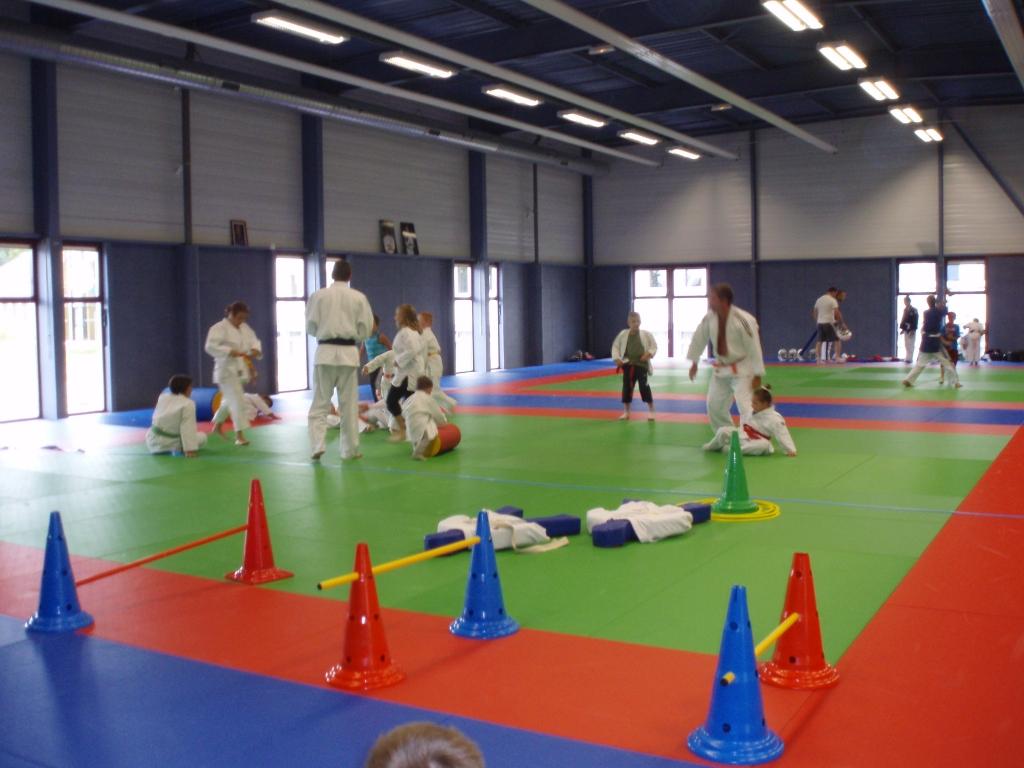 Dojo salle arts martiaux